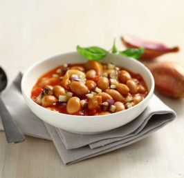 Borlotti beans in tomato and aubergine sauce