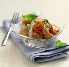 Barley, tuna and cherry tomato salad