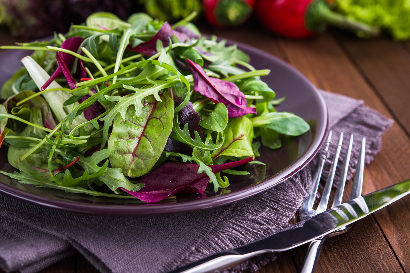 5 tipi di insalata per comporre la misticanza - Comporre la cucina ...